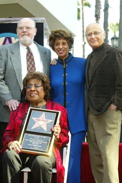 Isabel Sanford, Ned Wertimer, Marla Gibbs, and producer Norman Lear on January 15, 2004 in Los Angeles, California. | Photo: Getty Images