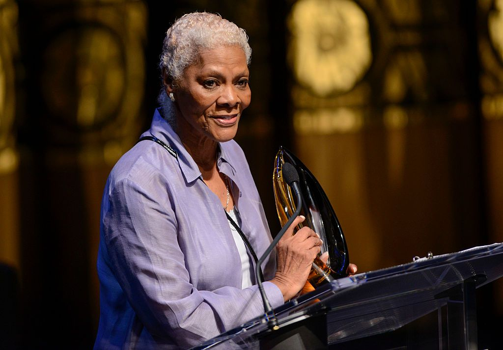 Dionne Warwick received a Lifetime Achievement Award at the Congressional Black Caucus' 20th Annual Celebration of Leadership at the Shakespeare Theatre on September 14 2016 | Photo: Getty Images