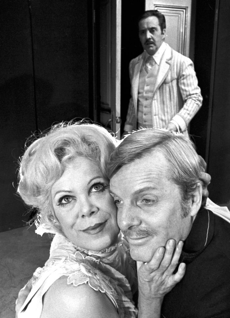 Actors Richard Venture, Rachel Roberts, and John McMartin on a movie set on October 1, 1973.   Photo: Getty Images