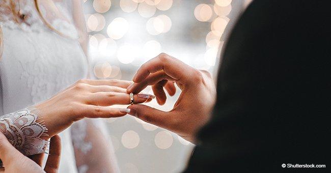 Une femme décédée d'un cancer a choisi de célébrer le mariage de sa fille lors de son dernier jour hors de l'hôpital