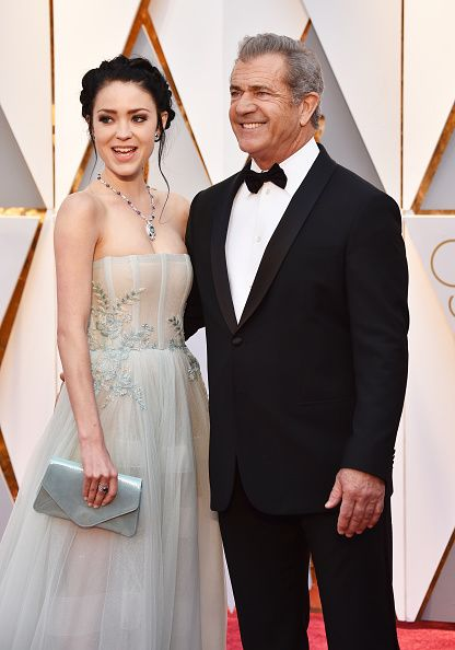 Actor/director Mel Gibson and Rosalind Ross at the 89th Annual Academy Awards in 2017 in Hollywood | Source: Getty Images