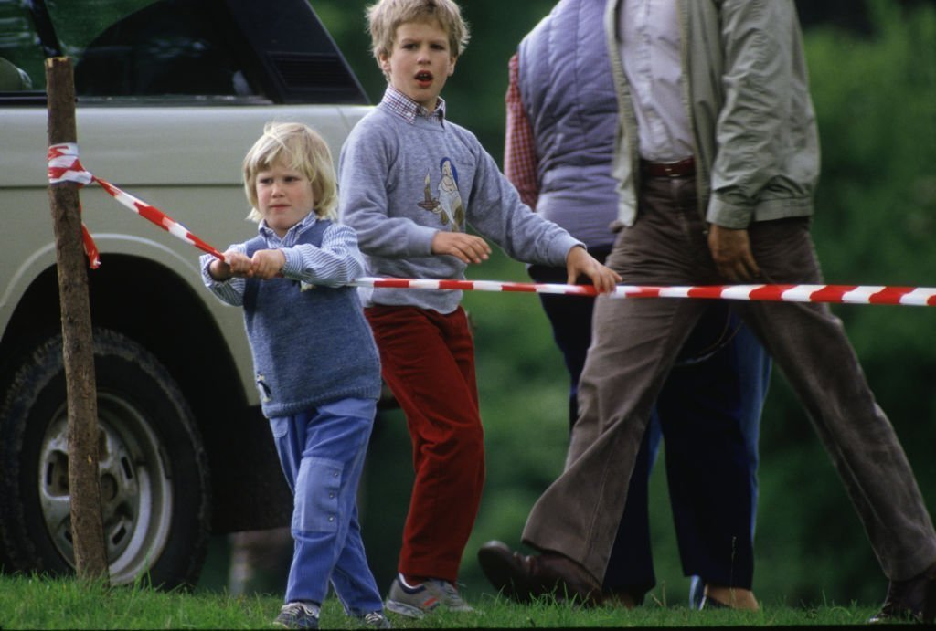 Zara and Peter Phillips as children. I Image: Getty Images.