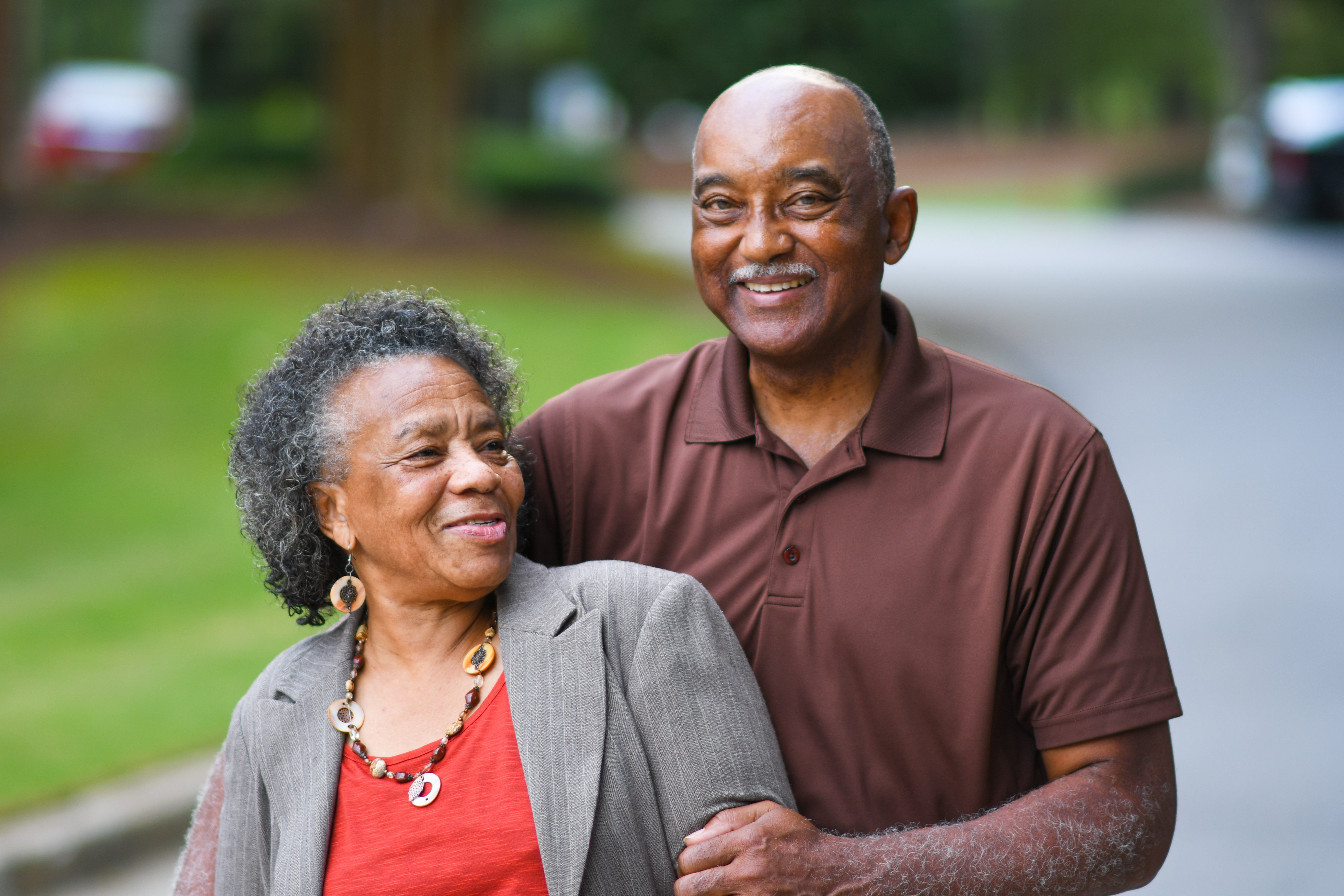 An elderly couple laughing | Photo: Shutterstock