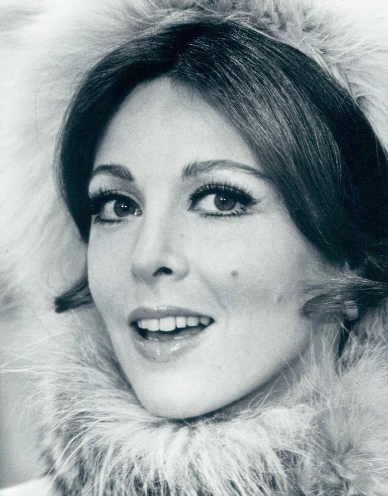 "Louise In ""The Happy Ending"" (1969) 