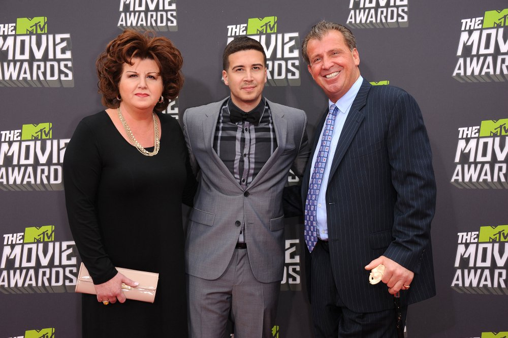 Paola and Vinny Guadagnino, and the reality star's Uncle Nino at the MTV Movie Awards on April 14, 2013 in Hollywood, California | Photo: Shutterstock/DFree