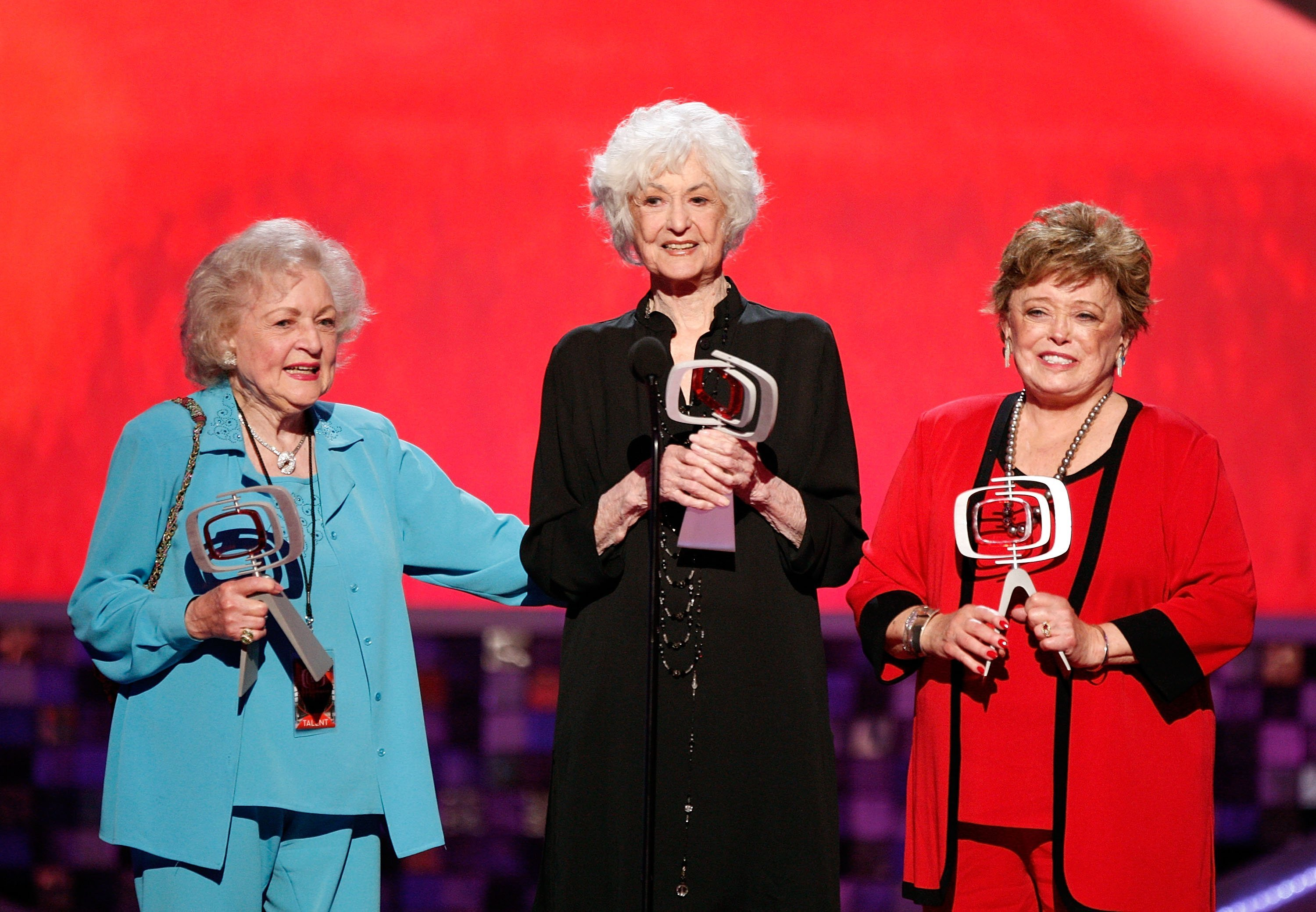 "Betty White, Bea Arthur, and Rue McClanahan accept the Pop Culture Award onstage during the 6th annual ""TV Land Awards"" on June 8, 2008, in Santa Monica, California. 