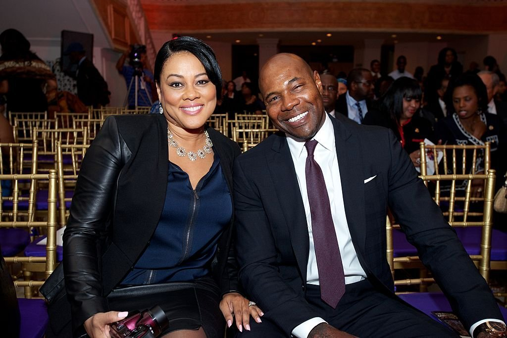 Lela Rochon joins her husband Antoine Fuqua as he is being hononred by the CBC Spouses 17th Annual Celebration of Leadership in the Fine Arts on Day 1 of the 43rd Annual Legislative Conference | Photo: Getty Images