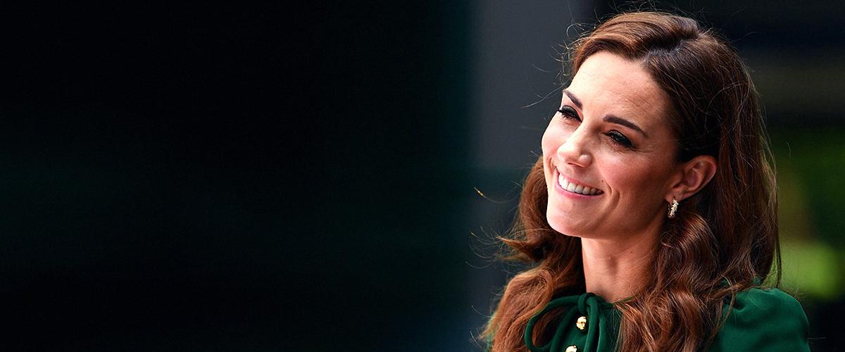 Kate Middleton haut Fans mit ihrem unglaublichen Dolce & Gabbana-Kleid beim Wimbledon um