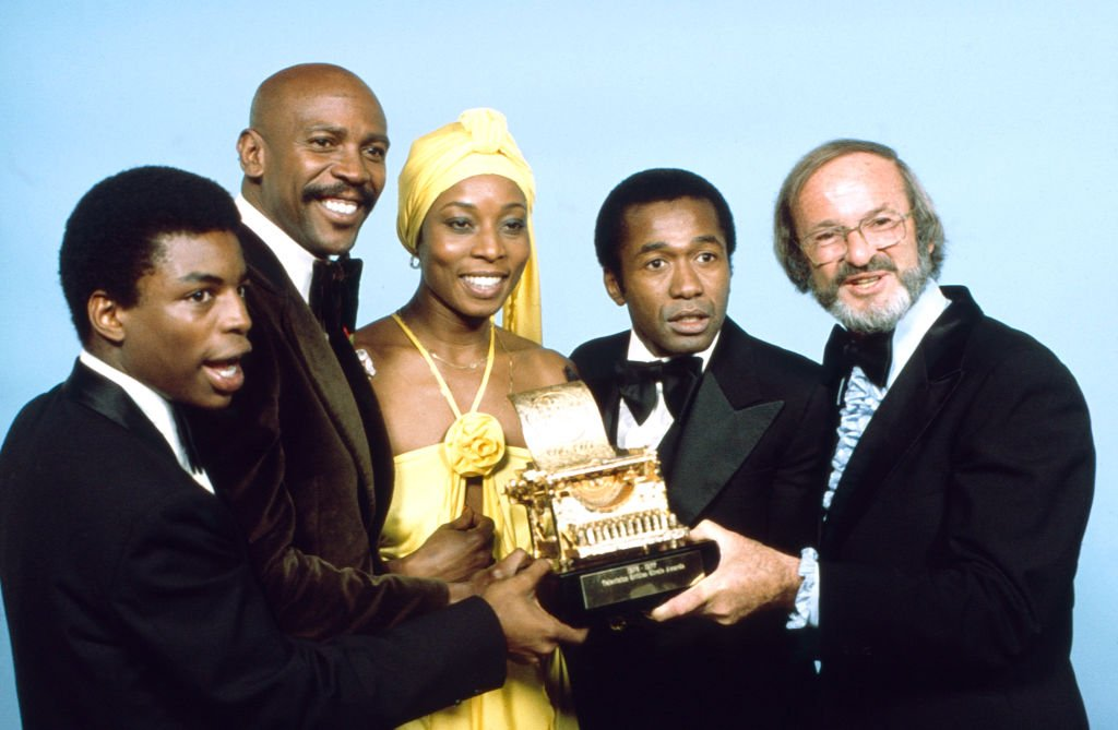 LeVar Buron, Louis Gossett, Jr, Madge Sinclair, Ben Vereen, David L Wolper with their awards on the ABC tv special 'The Television Critics Circle Awards'   Photo: Getty Images