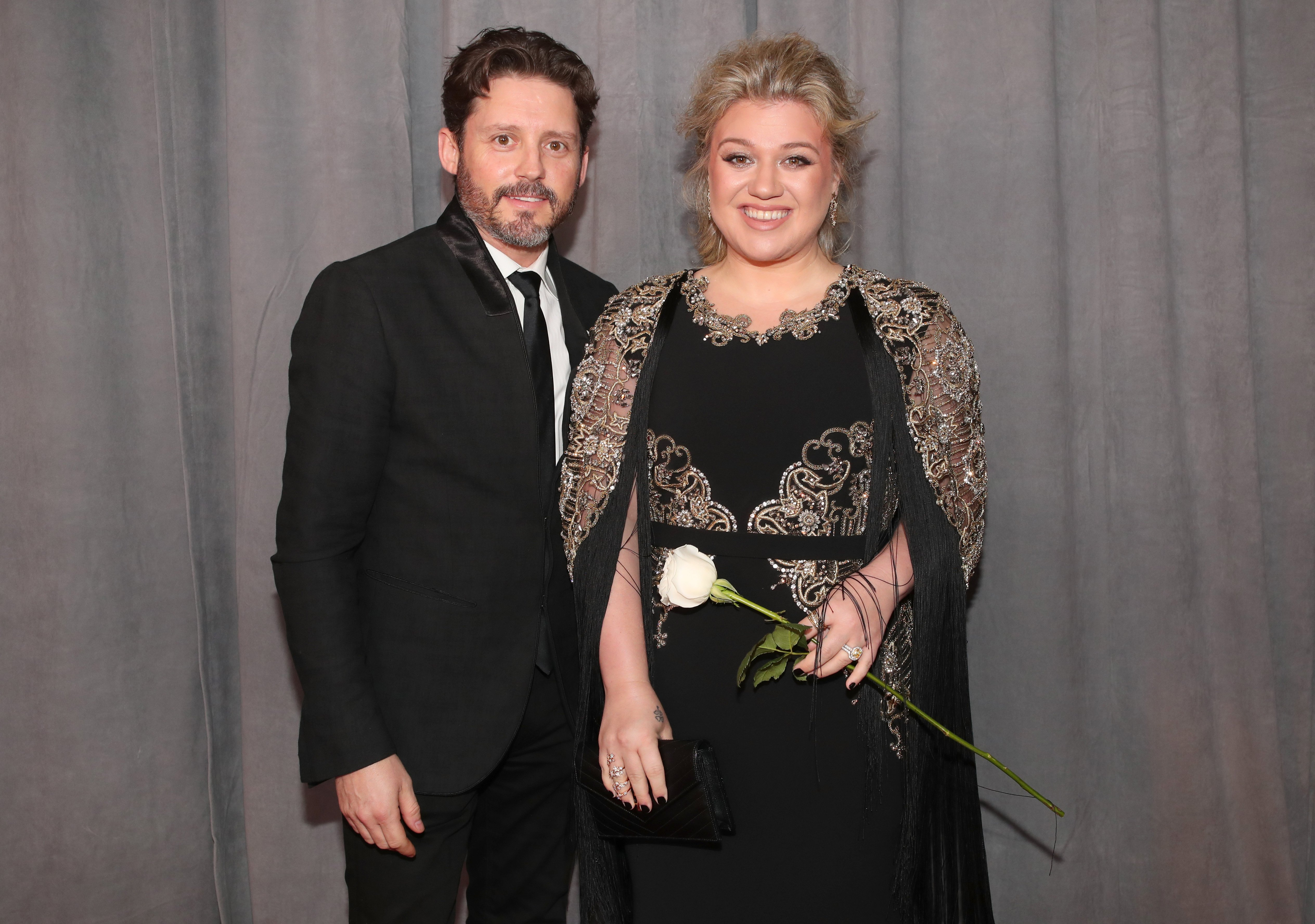Kelly Clarkson and her husband Brandon Blackstock attend the 60th Annual Grammy Awards in New York City on January 28, 2018 | Photo: Getty Images