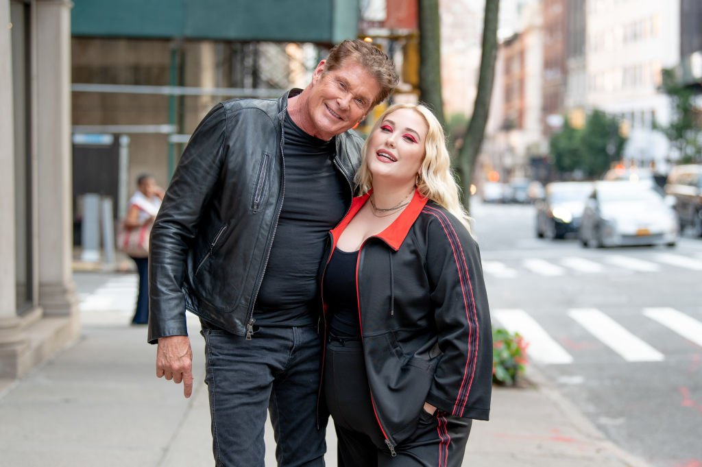 David Hasselhoff and his daughter, Hayley Hasselhoff, pictured at Marina Rinaldi Boutique, New York City in 2019. | Photo: Getty Images