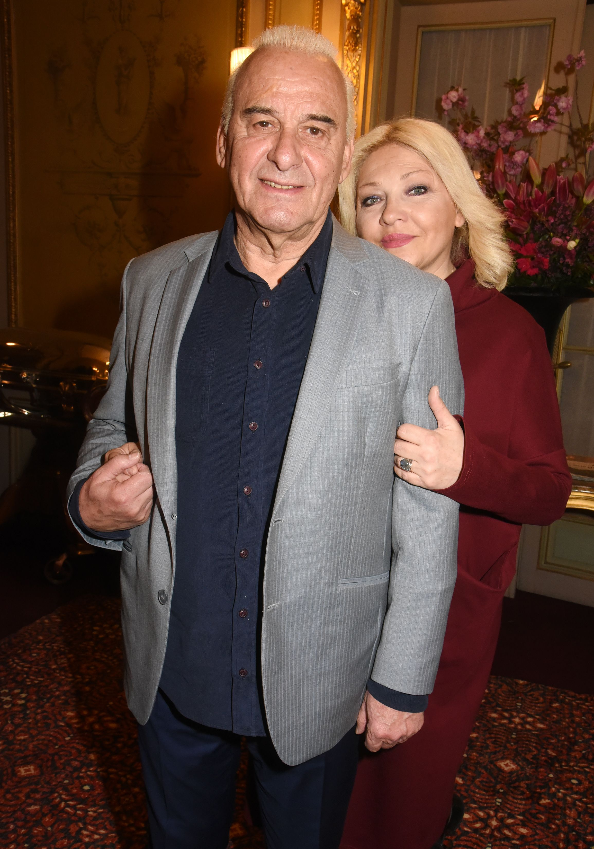 Michel et Sanda Fugain le 15 avril 2019 à Paris. l Source : Getty Images