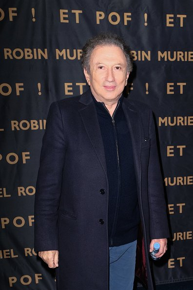 "Michel Drucker assiste au One Woman Show ""Et Pof"" de Muriel Robin au Palais Des Sports. 