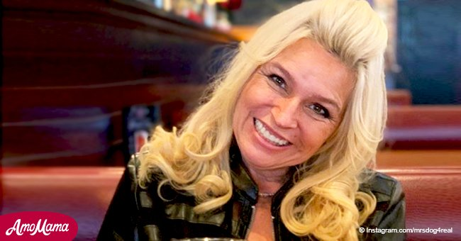 Beth Chapman drops a fresh festive photo with a martini amid battle with throat cancer