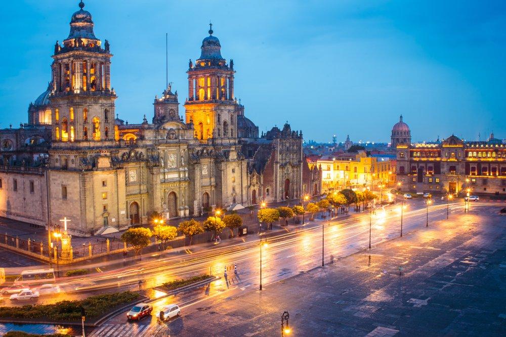 Catedral Metropolitana y Palacio Presidencial.| Fuente: Shutterstock