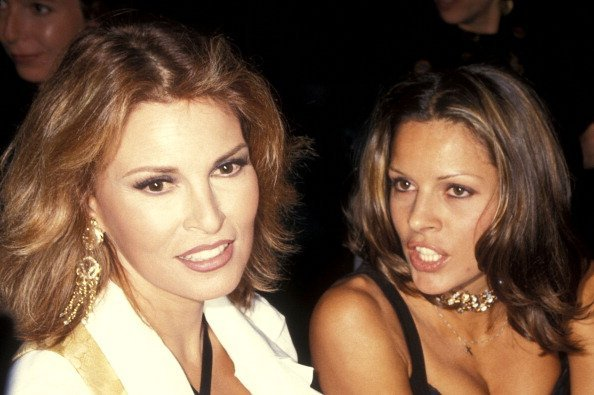 Actress Raquel Welch and daughter Tahnee Welch on September 20, 1993 in New York City. (Photo by Ron Galella, Ltd./Ron Galella Collection via Getty Images)