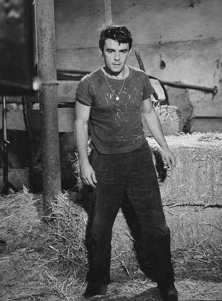 "Gérard Blain (1930 - 2000) dans le film italien ""Lo Sgarro"" (alias ""Quand la colère éclate""), Italie, 10 septembre 1961.  