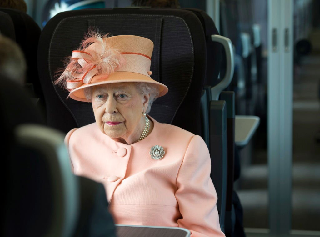Queen Elizabeth travels by train between on June 13, 2017 in London, United Kingdom | Photo: Getty Images