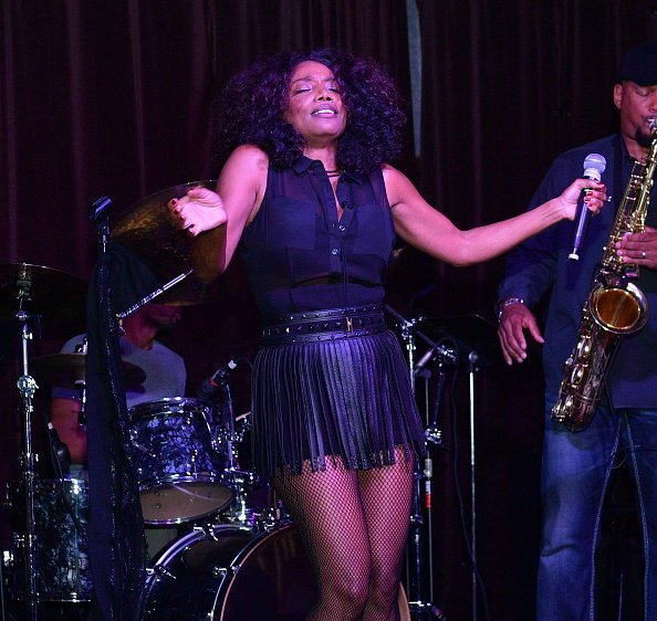 Karyn White Performs at Suite Food Lounge on September 29, 2016 | Photo: Getty Images