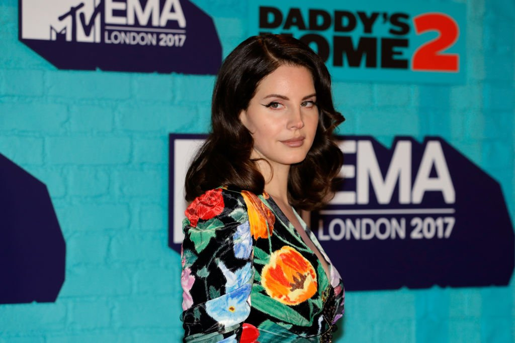 Lana Del Rey attends the MTV EMAs 2017 held at The SSE Arena, Wembley on November 12, 2017 | Photo: Getty Images