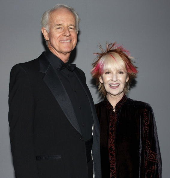 Mike Farrell and actress wife Shelley Fabares attend the 12th Annual Screen Actors Guild Awards at Los Angeles Shrine Exposition Center on January 29, 2006, in Los Angeles, California | Photo: Getty Images