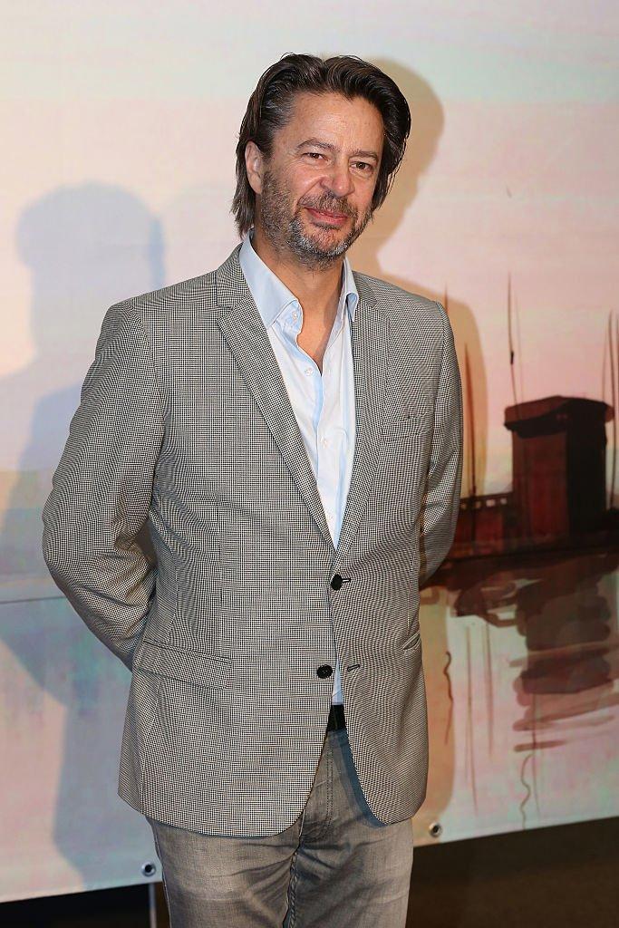 Thibault De Montalembert qui incarne Mathias dans la série. l Source : Getty Images