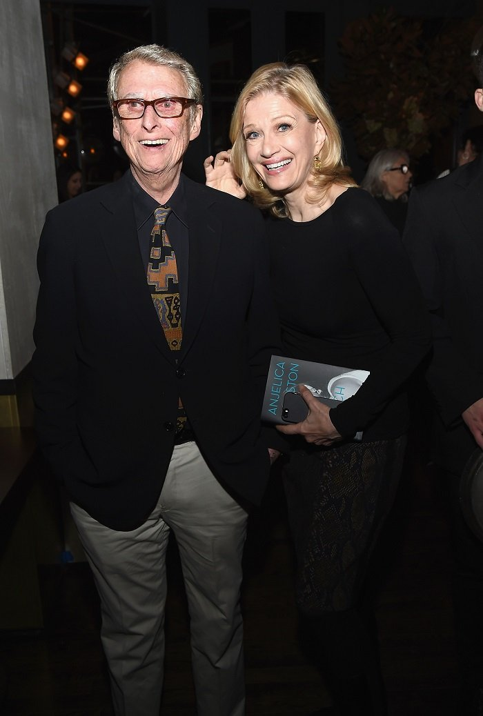 Mike Nichols and Diane Sawyer. I Image: Getty Images.