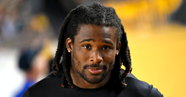Ex-NFL Player DeAngelo Williams Reportedly Pays for 500 Mammograms after Losing Mom to Breast Cancer