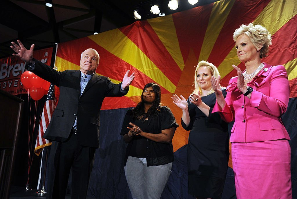 Sen. John McCain, wife Cindy and daughters Meghan and Bridget McCain during an Arizona Republican Party election night event, November 2, 2010 | Photo: GettyImages