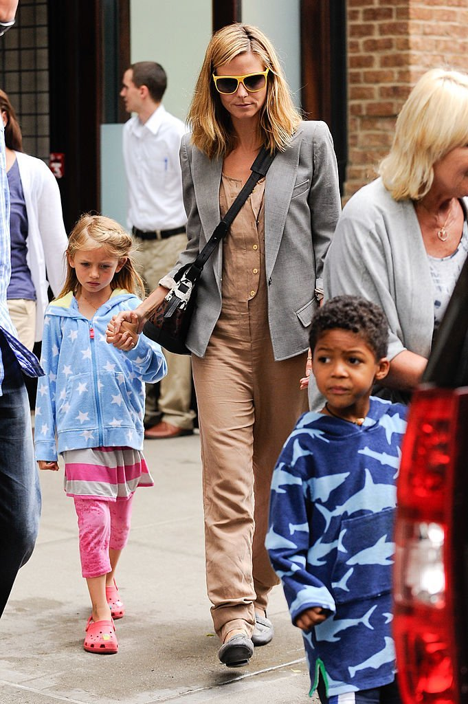 Heidi Klum, Leni Samuel, Johan Samuel, Erna Klum, New York, USA, 2011 | Quelle: Getty images
