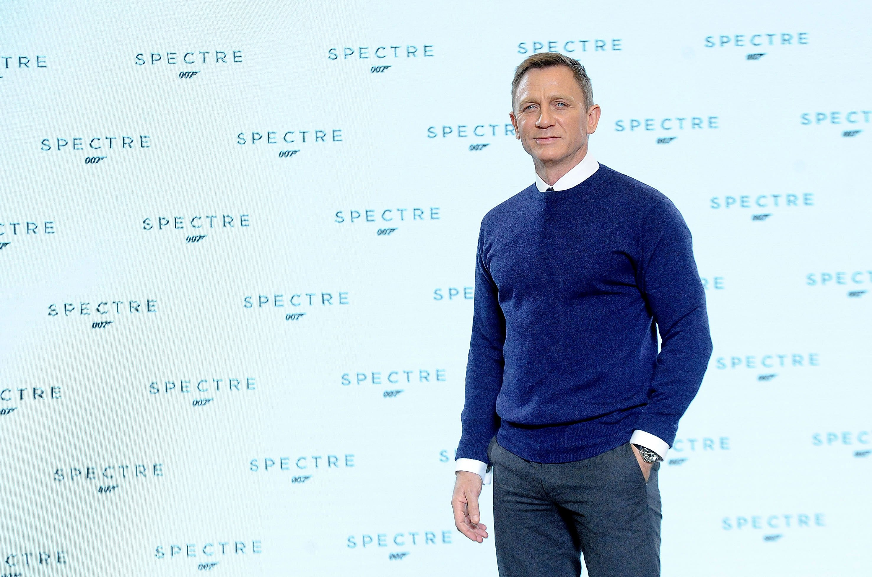 """Daniel Craig attends a photocall for the start of filming """"Spectre"""" in Iver Heath, England on December 4, 2014   Photo: Getty Images"""