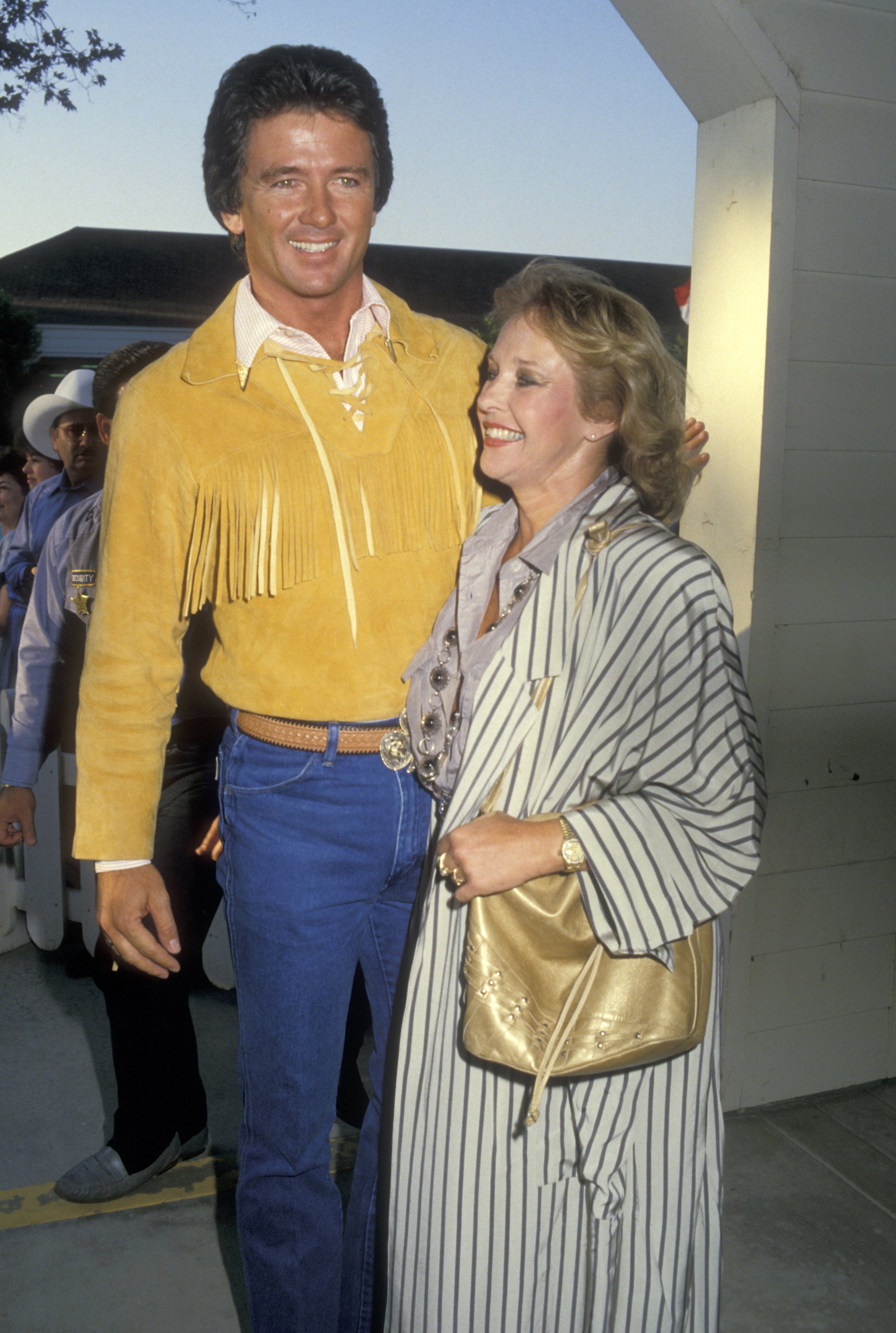 Patrick Duffy and wife Carlyn Rosser attend the Fifth Annual Golden Boot Awards on August 15, 1987 in Burbank, California. | Source: Getty Images