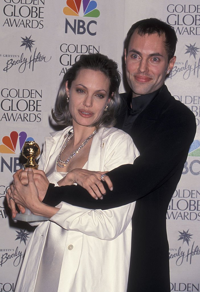 Angelina Jolie and James Haven attend 57th Annual Golden Globe Awards on January 23, 2000 at the Beverly Hilton Hotel | Photo: Getty Images