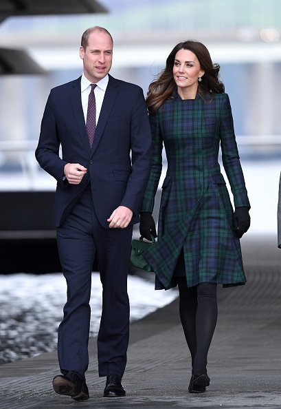 Prince William, Duke of Cambridge and Catherine, Duchess of Cambridge officially open V&A Dundee and greet members of the public on the waterfront on January 29, 2019 in Dundee, Scotland. | Photo: Getty Images