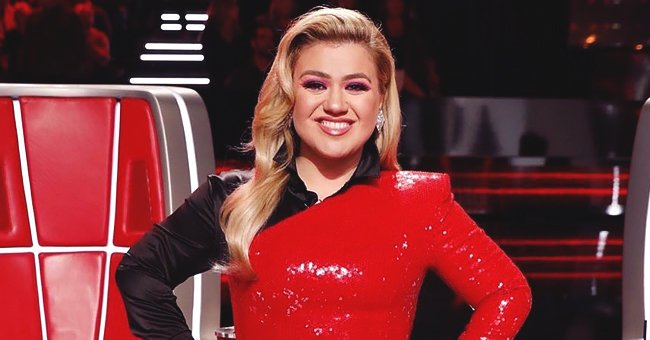 Kelly Clarkson Wore Asymmetrical Dress with One Sleeve & a Train on 'The Voice' and Fans Had Something to Say