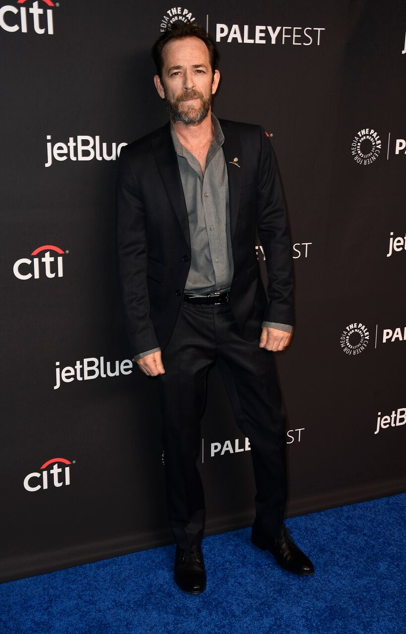 Luke Perry arrive pour le PaleyFest Los Angeles 2018 | Photo : Getty Images