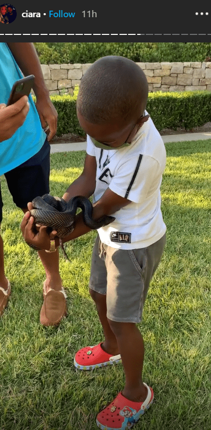 Singer Ciara's son, Future having a lovely zoo time out in their backyard | Photo: Instagram/ciara