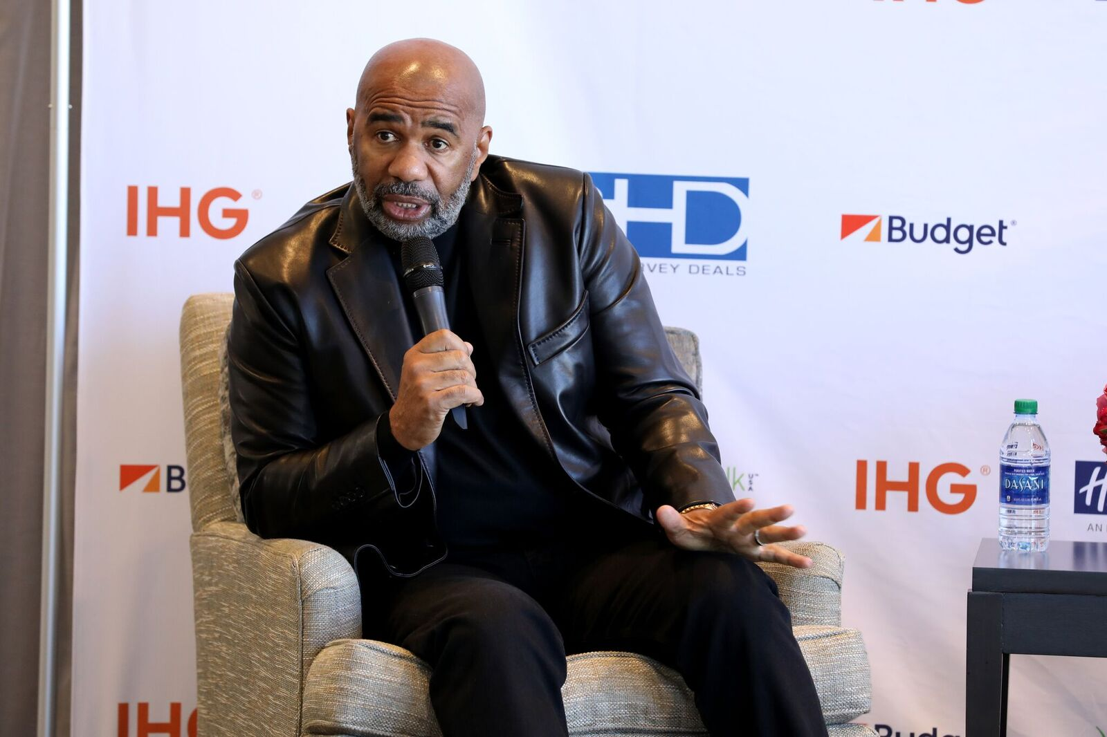 Steve Harvey announces his new business venture SteveHarveyDeals.com at Atlanta Crowne Plaza Hotel on February 02, 2019 | Photo: Getty Images