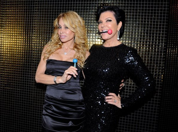 Television personalities Faye Resnick (L) and Kris Jenner appear at the Sugar Factory American Brasserie at the Paris Las Vegas on January 14, 2012 in Las Vegas, Nevada | Photo: Getty Images
