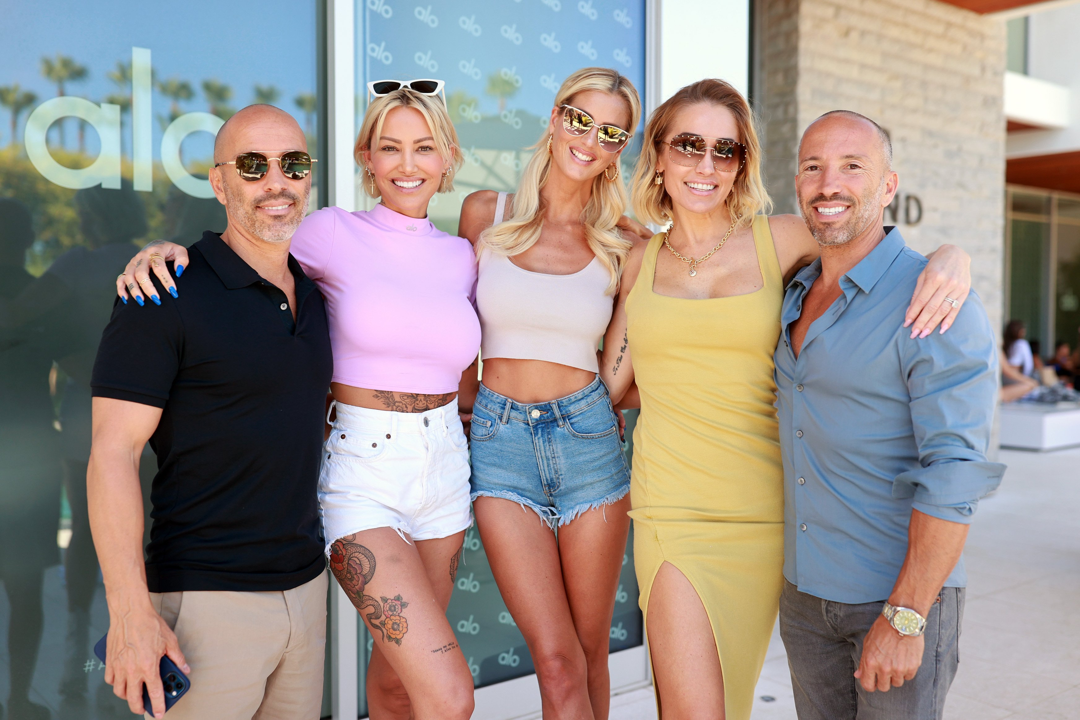 Jason Oppenheim, Tina Louise, Emma Hernan, Mary Fitzgerald, and Brett Oppenheim at Day 3 at Alo House, LA, 2021   Photo: Getty Images