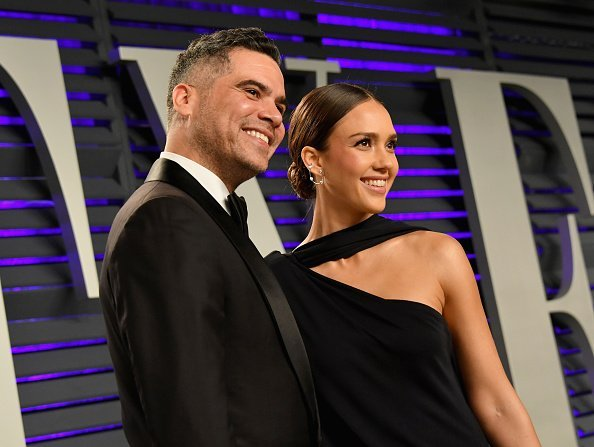 Cash Warren and Jessica Alba attend the 2019 Vanity Fair Oscar Party | Photo: Getty Images