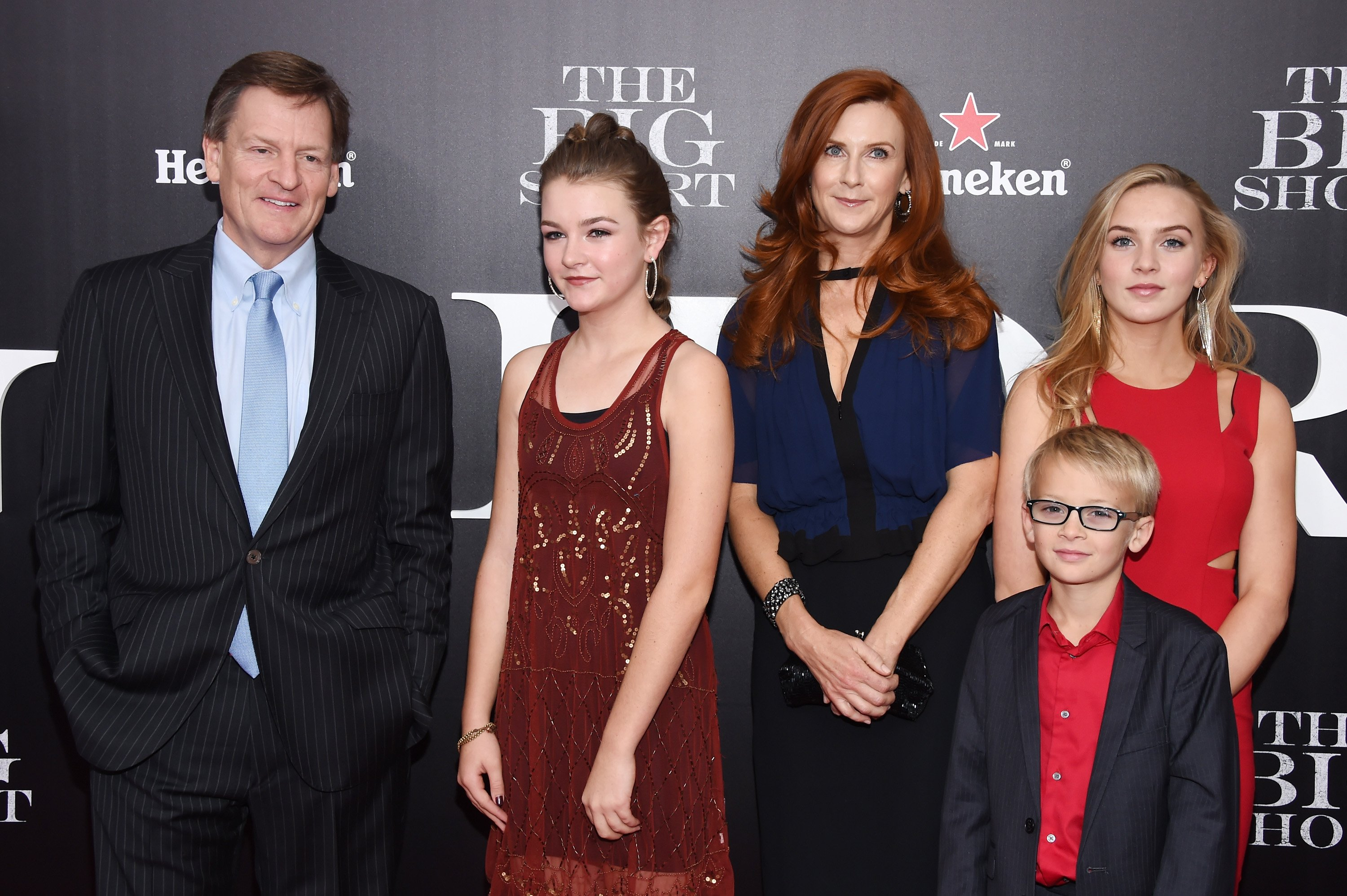 """Michael Lewis, Dixie Lewis, Tabitha Soren, Walker Jack Lewis, and Quinn Tallulah Lewis attend the premiere of """"The Big Short"""" at Ziegfeld Theatre on November 23, 2015 in New York City   Photo: Getty Images"""