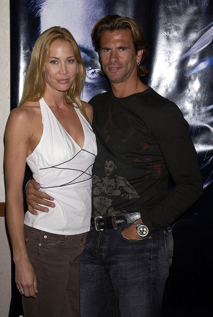 Kathleen Kinmont and Lorenzo Lamas during Creation Presents Fangoria's Weekend Of Horrors - Day One at Burbank Airport Hilton circa, 2003 | Photo: Getty Images