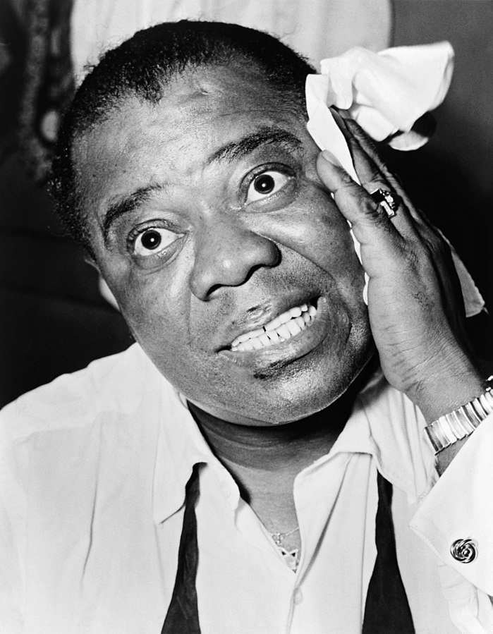 Portrait of jazz musician Louis Armstrong in 1953. | Photo: Wikimedia Commons Images