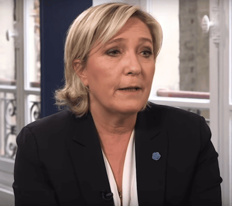 Marine Le Pen durant une interview accordée à LBC en 2017. | YouTube/Vox