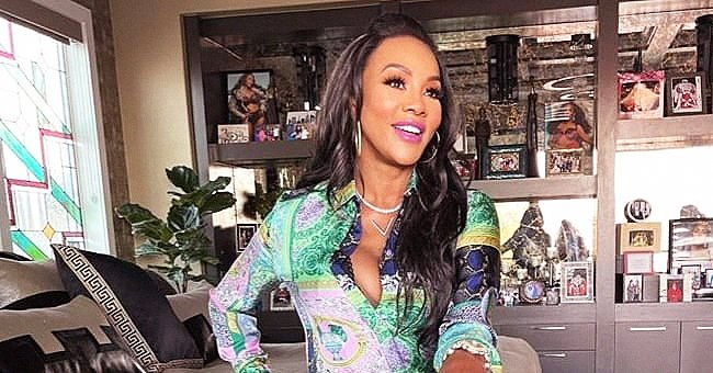 50 Cent's Ex Vivica A Fox Shows off Her Awesome Figure in a Colorful Jumpsuit & Massive Belt
