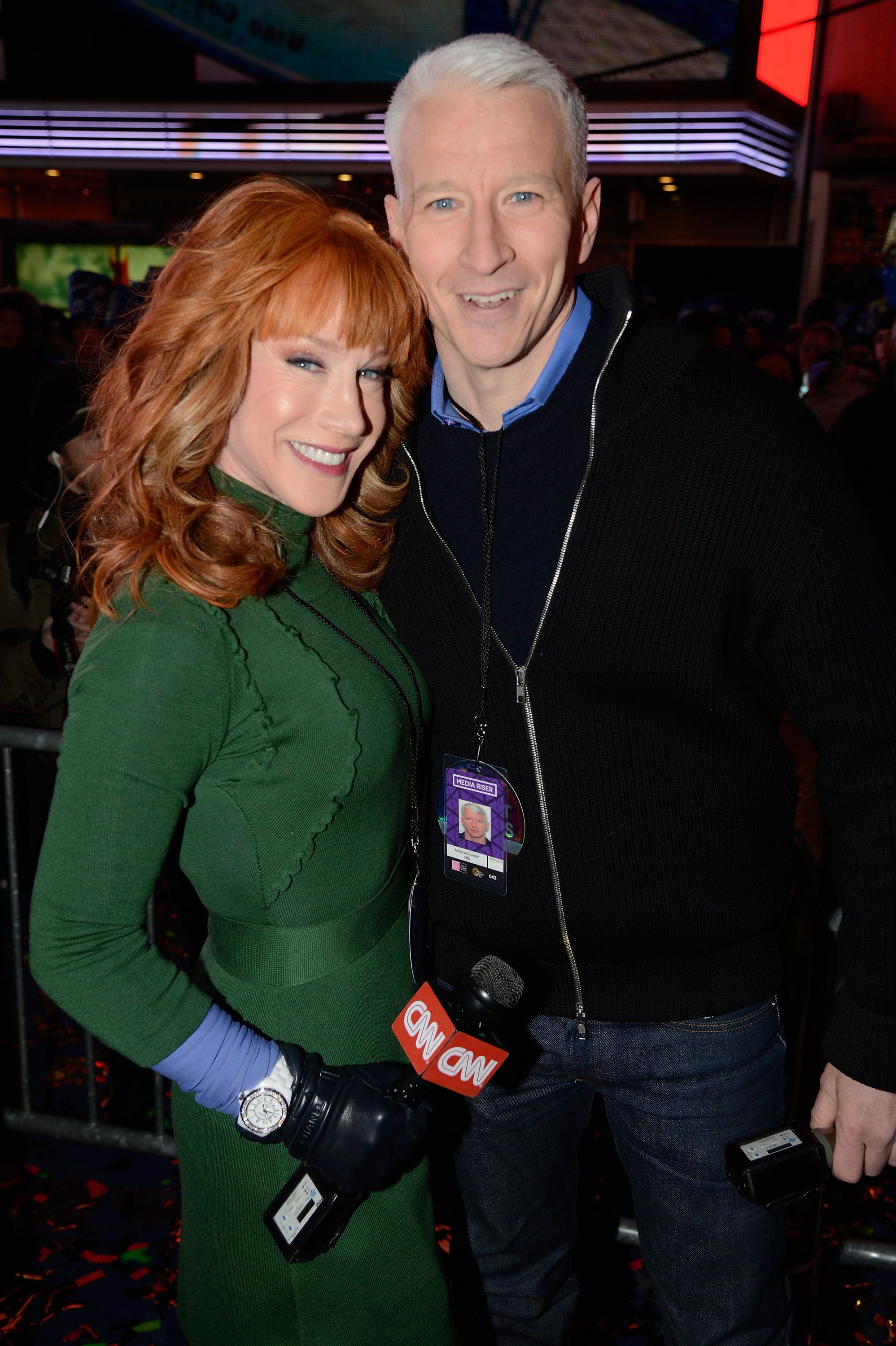 Kathy Griffin and Anderson Cooper at Dick Clark's New Year's Rockin' Eve with Ryan Seacrest on December 31, 2012, in New York City | Photo: Kevin Mazur/DCNYRE2013/Getty Images