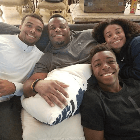 MLB Hall of Famer Ken Griffey Jr. posing with his three children Trey, Taryn, and Tavin at home in 2017. I Image: Instagram/ @therealkengriffeyjr