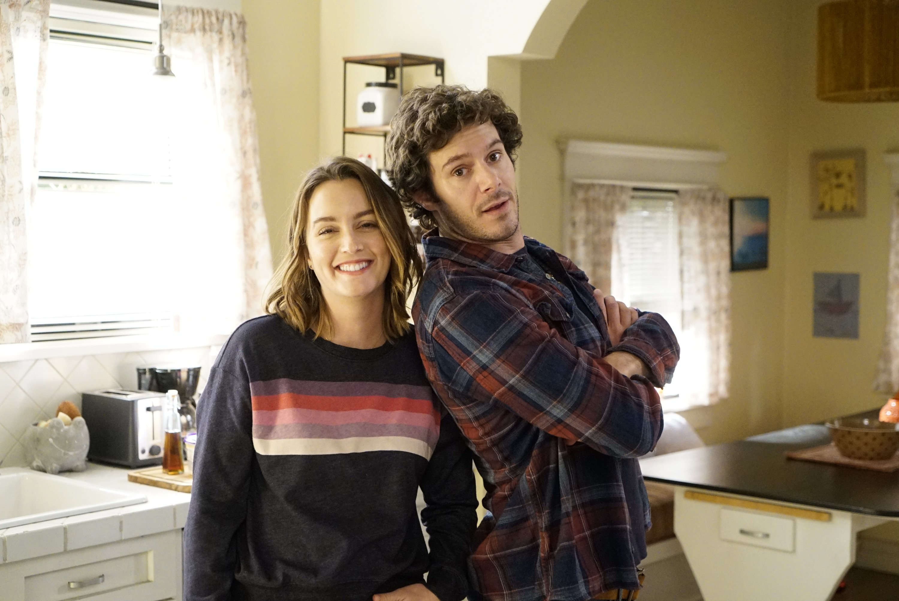 Adam Brody and Leighton Meester on the set of ABC's 'Single Parents', 2019 | Source: Getty Images