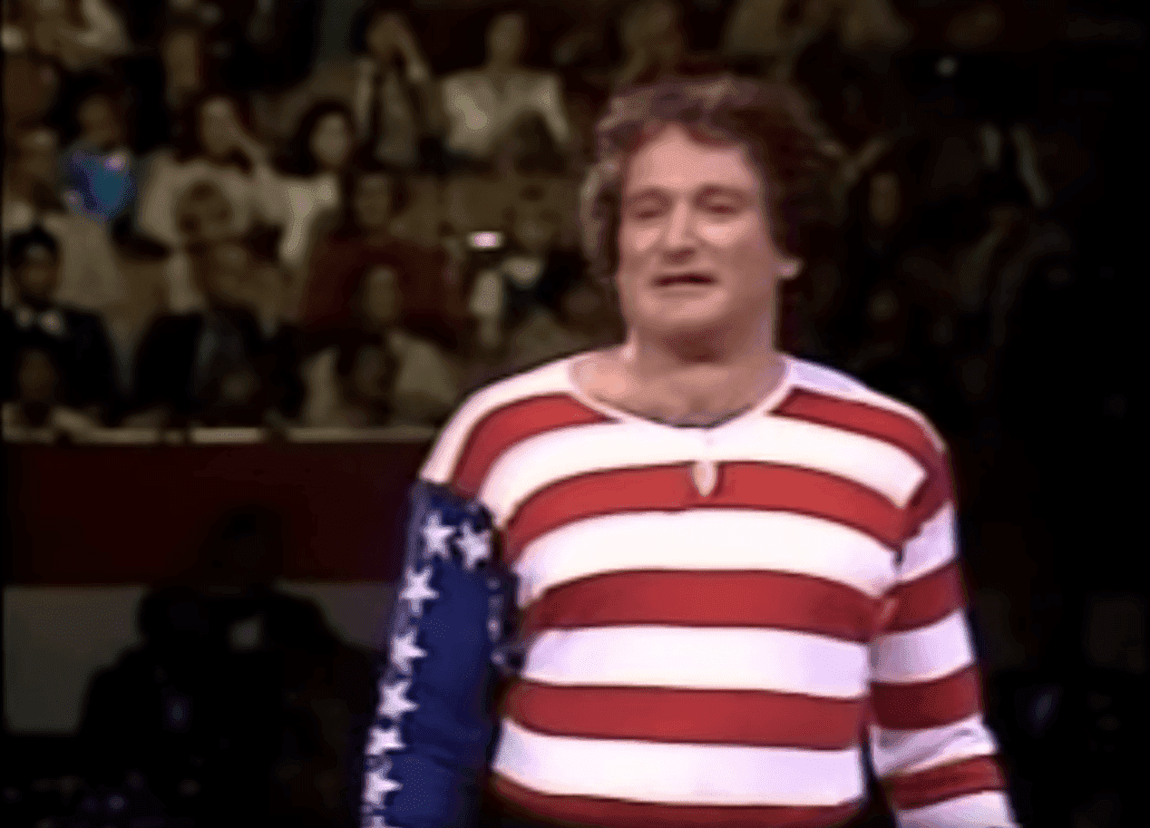 Robin Williams as the American Flag. I Image: YouTube/ PAFWdotorg.